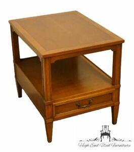 """HEKMAN FURNITURE Italian Provincial Cherry 20x26"""" Accent End Table"""