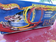 HOT WHEELS TWISTIN' TRUCK TRAILS SIDE BY SIDE RACING & LOOPING ACTION