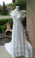 Vintage 1970's Nouveau Prairie Look Wedding Bridal Gown Dress Chiffon Lace
