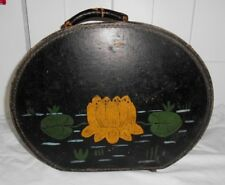 "VINTAGE HAT BOX ~ HINGED w/ HANDLE ~ LARGE 16"" x 12"" w/PAINTED WATER LILY"