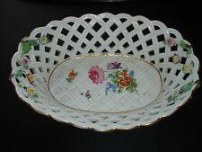 Meissen Schwertermarke Prächtige Porzellan Durchbruch Schale plastische Blumen
