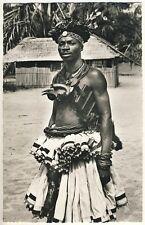 Congo YOUNG BAKUBA MAN / MANN IM FESTSCHMUCK * Vintage 50s Ethnic Nude Photo PC