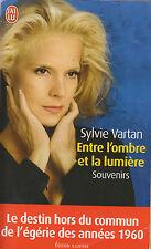 Livre Poche entre l'ombre et la lumière Sylvie Vartan Book