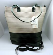 Harveys Seatbelt Camper Streamline Crossbody Tote NWT