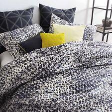 DKNY Gridlock Full/Queen Comforter & 2 Standard Shams Navy White 3 Piece Set