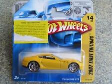 Voitures, camions et fourgons miniatures jaunes en acier embouti pour Ferrari
