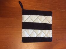 Quilted Pot Holder - football colours - Geelong Cats