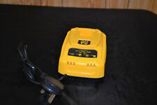 GENUINE DEWALT 7.2V - 18V Li-ION / Ni-MH & Ni-Cd BATTERY CHARGER DE9135 Pro Wow!