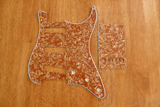 PICKGUARD AND TREMOLO COVER SET GOLD PEARLOID 4 PLY FOR STRATOCASTER
