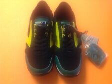 RARE BROOKS 1101781D705 CITY COLLECTION green /black /yellow  sz 11 XTRA LACES