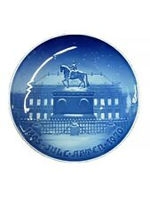 "Royal Copenhagen 1970 ""The Royal Palace� Denmark Christmas 9� Plate"