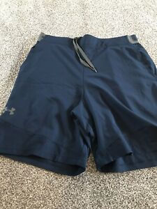 Mens Under Armour Shorts Large Navy