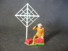 RARE Vtg Barclay Lead Soldier Radio Man Kneeling Wireless Operator w/ Antenna