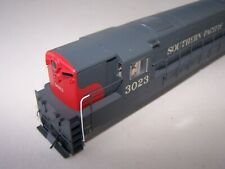 Atlas Master FM Trainmaster H24-66 Southern Pacific shell body Handrails Gray