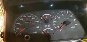 Suzuki  vitara ,sidekick geo tracker 89-94 Instrument Cluster Speedometer