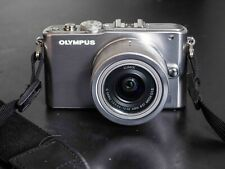 Olympus PEN E-PL3 12.3MP Digitalkamera - Schwarz (Kit mit AF 14-42 mm Objektiv)
