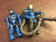 Halo Mega Bloks Action Figures - Blue Uniform Human Halo Characters with gun