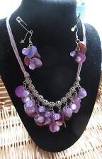 Collar Y Oreja Anillo Conjunto (tonos púrpura)