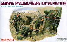 Dragon 1/35 6058 WWII German Panzerjagers (Eastern Front 1944) (4 Figures)