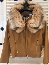 DSQUARED2 super stylish: Tuch Jacke mit Waschbärpelz