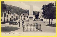 cpa Vue Rare 65 - SAINT SAVIN La PLACE Monument Automobile Epicerie Mercerie