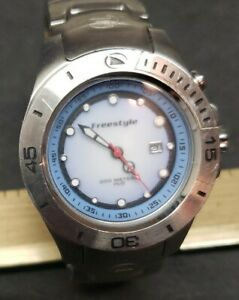Freestyle Rotating Bezel Divers Watch 200M  New Batteries Running