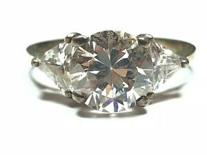 Elegant Ladies Sterling Silver Ring With Clear Gem - L@@K!! - Size 6.25