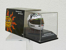 Valentino Rossi 1/8 Helmet MOTOGP Philip Island 2004 Minichamps Nr. 397040096