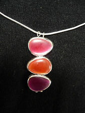 collier pendentif galets SKALLI rouge/orange/violet