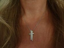 Natural White Gold VVS2 Fine Diamond Necklaces & Pendants