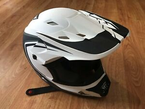 Fly Kinetic Youth Small Helmet - Matte White, Excellent Condition with Visor