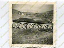 Foto, Wehrmacht, zerstörter Panzer T34 Maslowka, Russland, b (N)19286