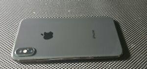 Apple iPhone X - 256GB - Space Gray (Unlocked) A1901 (GSM) (CA)