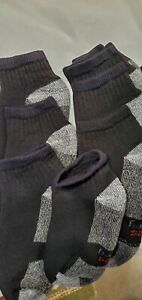 6 Pair Hanes Black HP DRY socks. Men Size 7-9. Seconds. Defects.