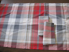 """Bossi Table Runner & 2 Napkins 100% Cotton Red Blue Gray Plaid 21""""W x 64""""L Italy"""
