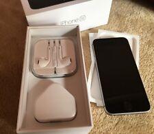 Apple iPhone SE - 32GB - Space Grey Unlocked