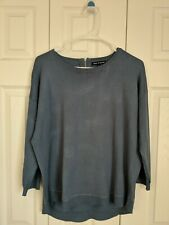 Cable & Gauge Women's Long Sleeve Sweater Rounded Neck Zipper On Back Blue Lg