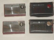 VINTAGE GE P-1760 TRANSISTOR RADIO PORTABLE LOT OF 2 CARRY CASE RED WORKING