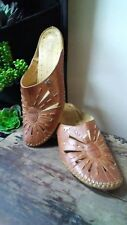 Vtg 39 Pikolinos Leather Slip On Detailed Mules Low Wooden Heel Made in Spain
