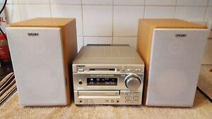 Sony MiniDisc Hi-Fi System DHC-MD373 CD Mini Disc FM AM Radio