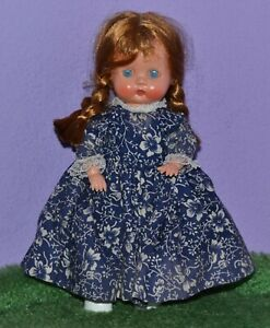 """8"""" STRUNG JOINTED HARD PLASTIC GINNY TYPE DOLL MADE IN ENGLAND WIG DRESS 1950'S"""