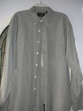 American Eagle Outfitters  XL Men's Green Check Long Sleeved Casual Shirt