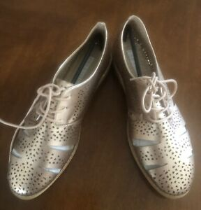 Pied A Terre Size 10 Rose Gold Lace Up Brouges Rrp$70 Sell $50