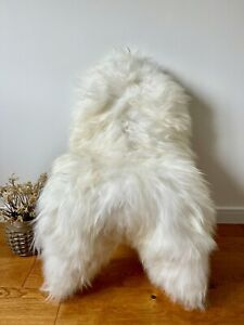 XXL Large Genuine Icelandic Sheepskin Sheep Rug Off White/Ivory Real Long Fur