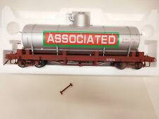 MES-56972	Accucraft/AMS Spur G 1:20.3 Tank-car 1004 Associated Oil Co.,