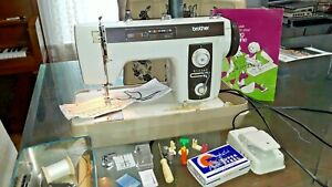 HEAVY DUTY VINTAGE BROTHER MODEL 2010 SEWING MACHINE (P183)p3