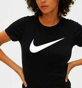 Women's Nike T-Shirt. Crew Neck. CHECK Logo. Short Sleeve.