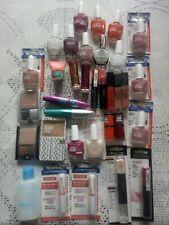 Lot revendeur maquillage Maynelline L'Oréal 34 Pieces