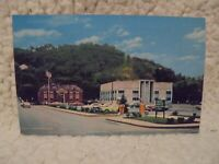 VINTAGE POST CARD U.S. POST OFFICE AND FLOYD COUNTY COURTHOUSE Prestonsburg ky.
