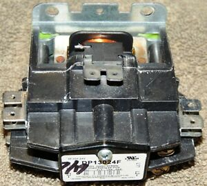 FREE DOMESTIC SHIP HVAC CONTACTOR DP13024F 1 POLE RATED 30 AMP 24V COIL